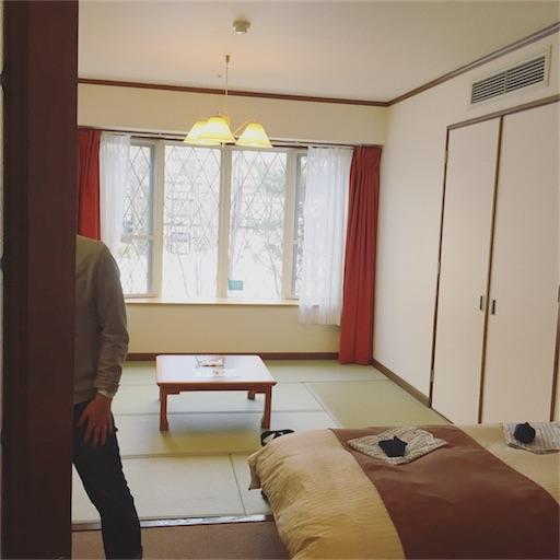 ベッドが2台&7畳の最大5人が泊まれるお部屋