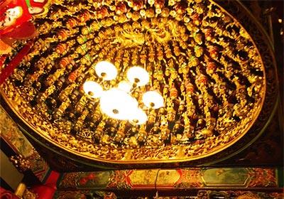 松山のお寺・天井
