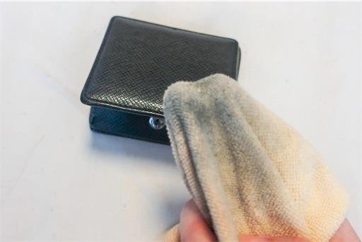 小銭ケースには汚れがたまりやすい!