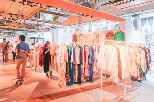 天王洲ハーバーマーケット:洋服屋