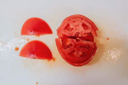 無限トマトの作り方 2、切る