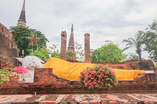 Dying-Buddha