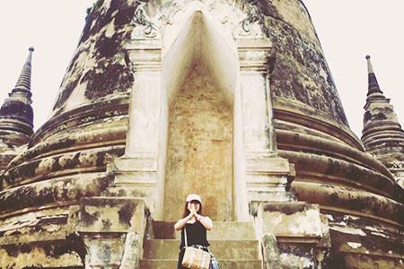 climb Wat Phra Si Sanphet