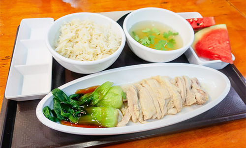 Kamlangsib料理:カオマンガイ