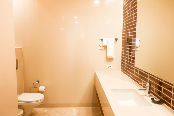Grand Suite Room: Shared Toilet