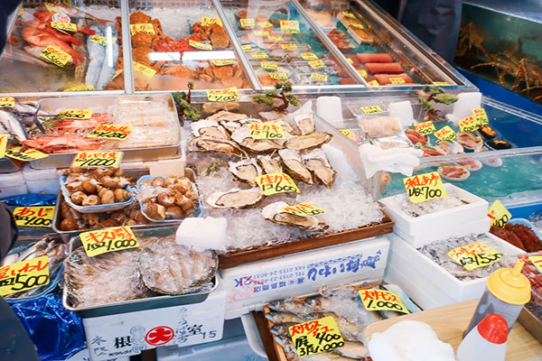 築地斎藤水産2号店牡蠣・ウニ・刺身
