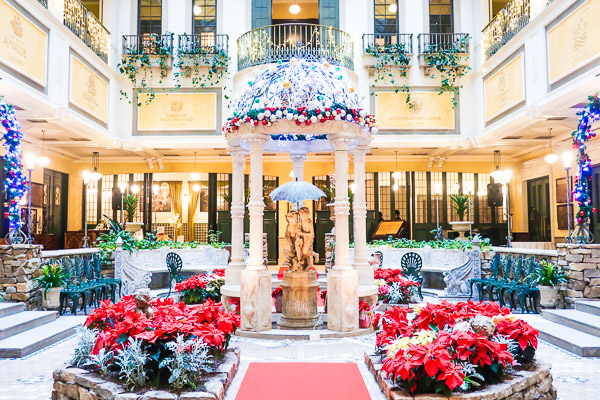 Hotel Monterey Sapporo Enchanting Courtyard