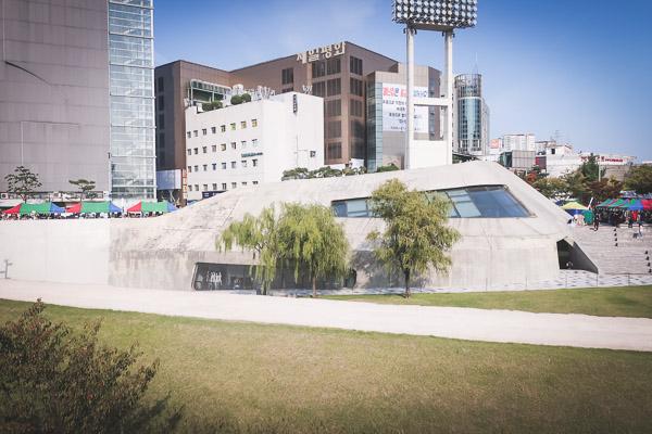 東大門DDP芝生広場散歩