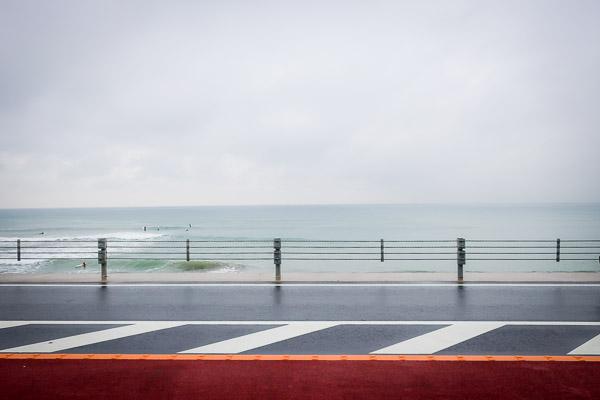 七里ガ浜bills前の道路