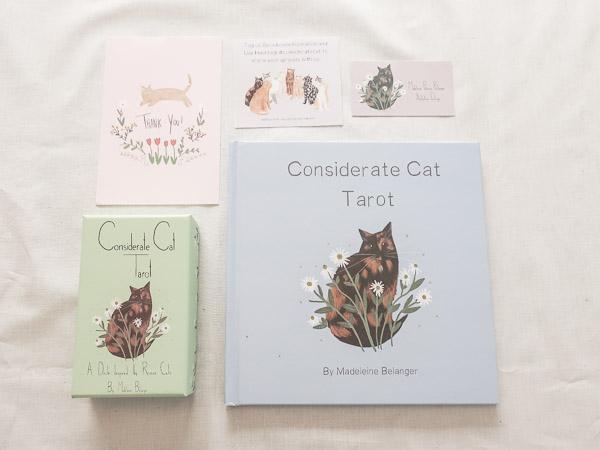 considerate cat tarot タロットカード
