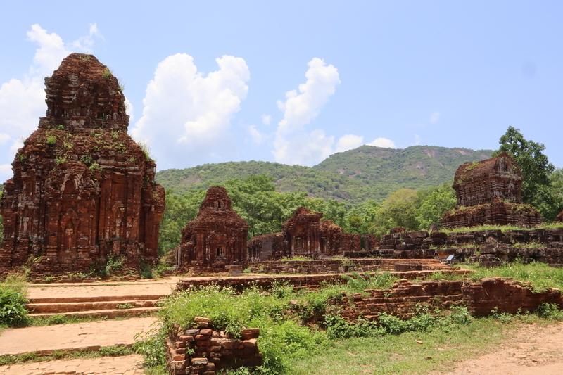 ベトナム ミィ ソン遺跡
