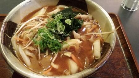 野菜たっぷりうどん(みそ)@堺喜庵