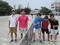 試合後④(右から加藤さん、信政主審、小嶋さん、帝釋さん、青木さん)