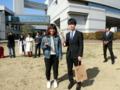河口さん卒業おめでとうございます(左から本田、河口さん)