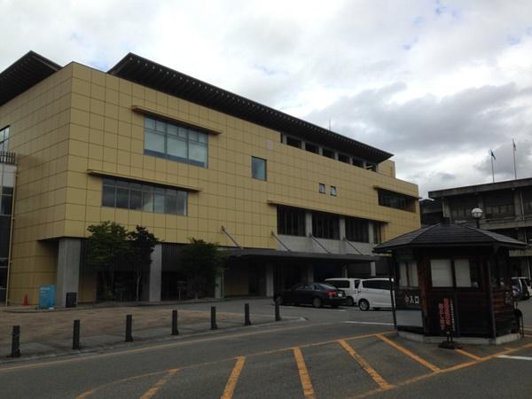 飛騨市図書館