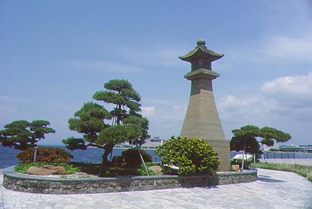 松江市の灯篭