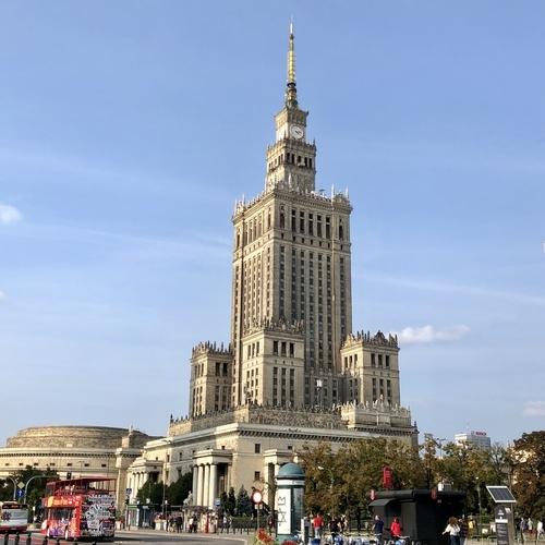 前泊地のワルシャワ(ポーランド)