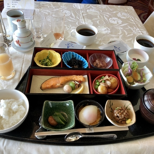 飛鳥IIの豪華な朝食