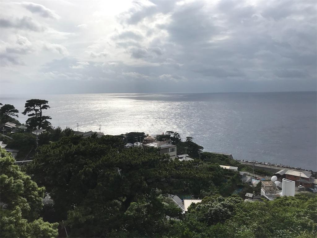 御蔵島集落