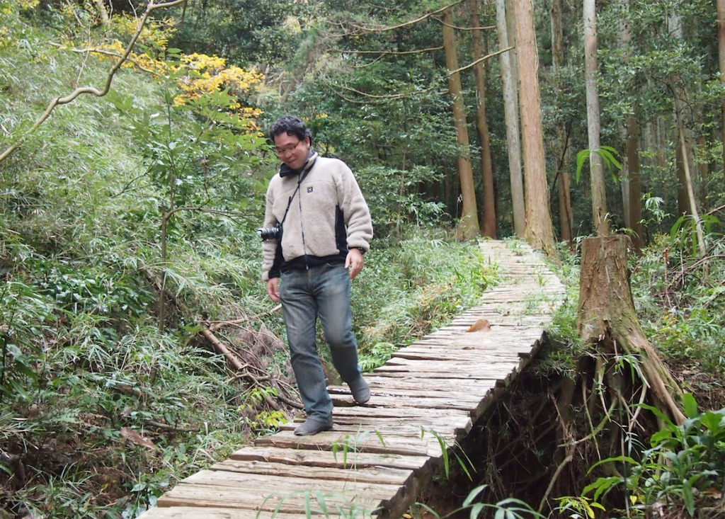 古道を探検。