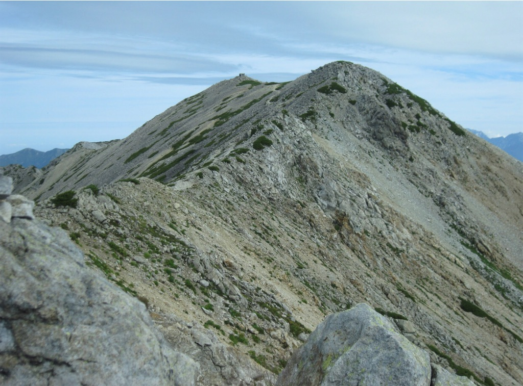 薬師岳山頂。