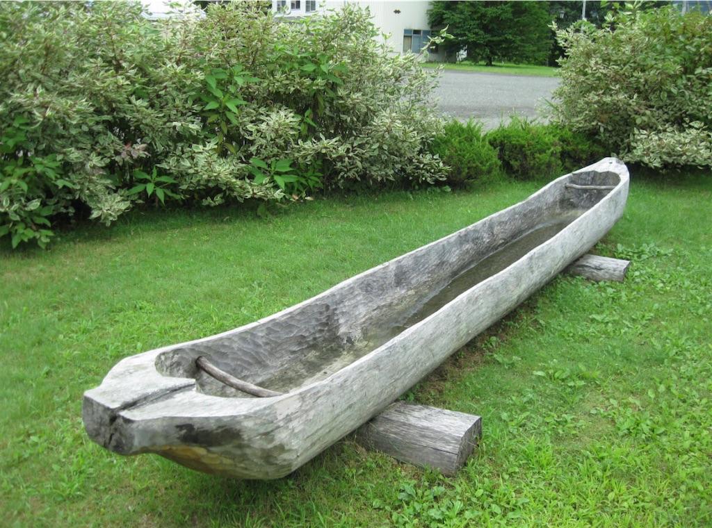 アイヌの丸木船