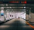 西新宿地下道201904b