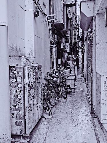 新宿の裏通り 2
