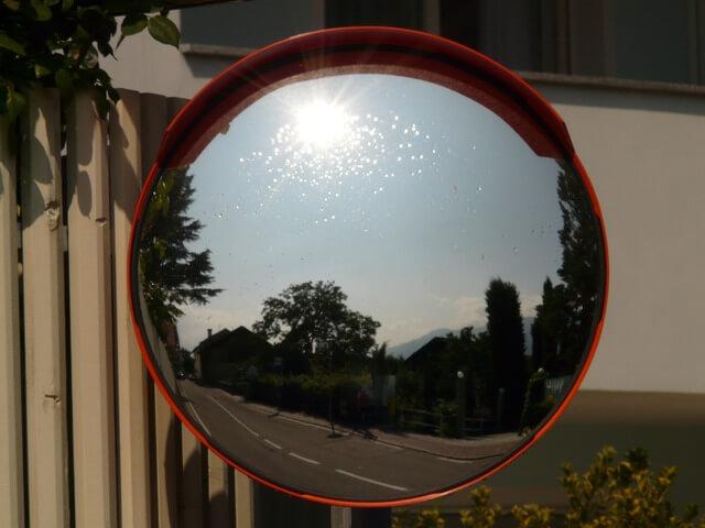 長年の超頑固な鏡うろこを綺麗さっぱり落とす方法