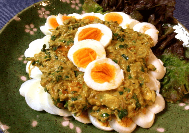 ゆで卵最強化計画。アボカド豆板醤のクミンソース(糖質3.3g)