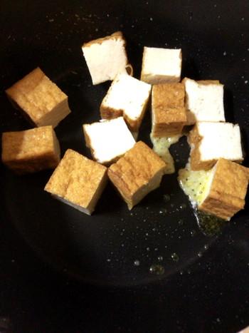 油+ニンニク・生姜の、香ばしい味付け