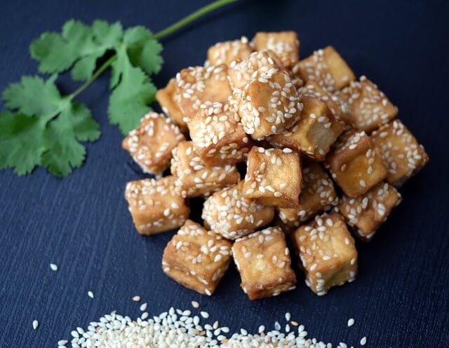 厚揚げを美味しく料理するコツと人気低糖質レシピをご紹介するね!