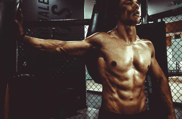 腹筋ローラーで効果的に鍛える方法