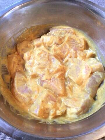 漬け込み柔カレー。塩麹バターチキンカレー