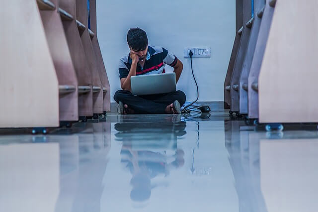 生徒同士の感情的なケンカの、効果的な仲裁方法