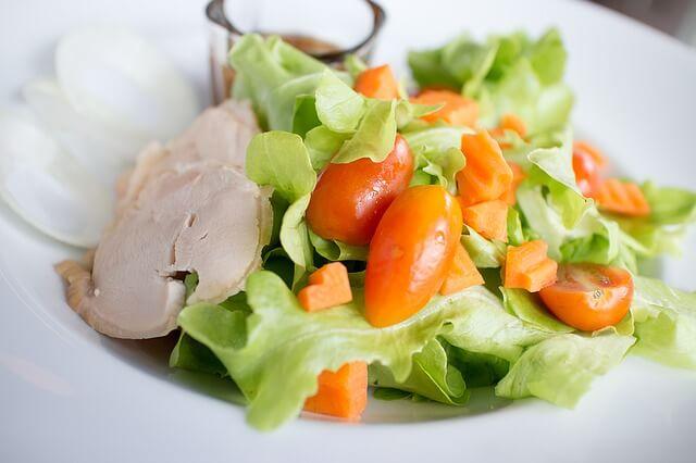蒸す・焼く・茹でるの簡単サラダチキンレシピ