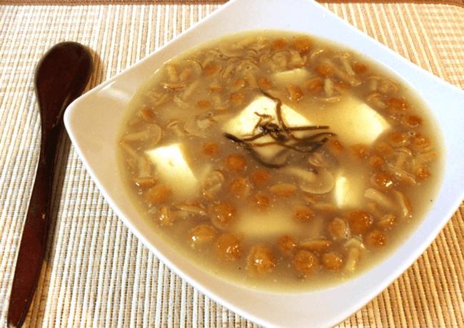 塩昆布バターのなめこ豆腐生姜スープ(糖質5.7g)