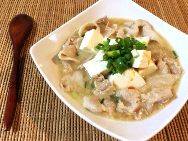 鶏がら味噌バターの旨み豚バラ豆腐チゲ(糖質6.0g)