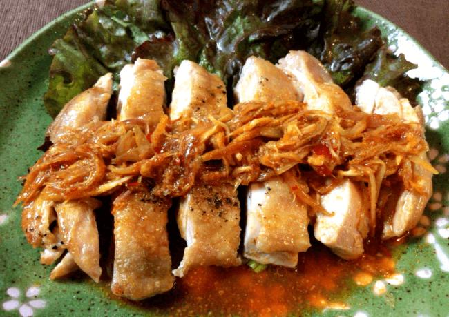 カリカリチキンのミョウガ豆板醤ソース(糖質4.7g)