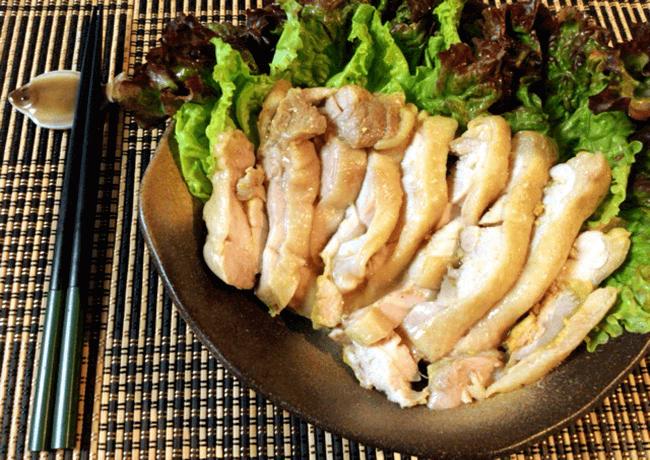 鶏もも塩麹カレーの絶品低温ゆで鶏(糖質2.8g)