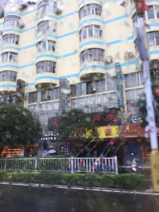 桂林の怖そうなタクシー