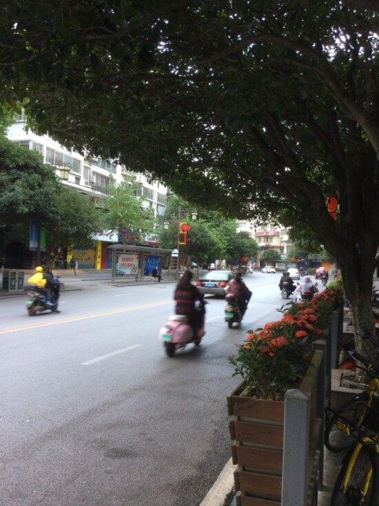中国人の素直さ溢れる川下り送迎バス