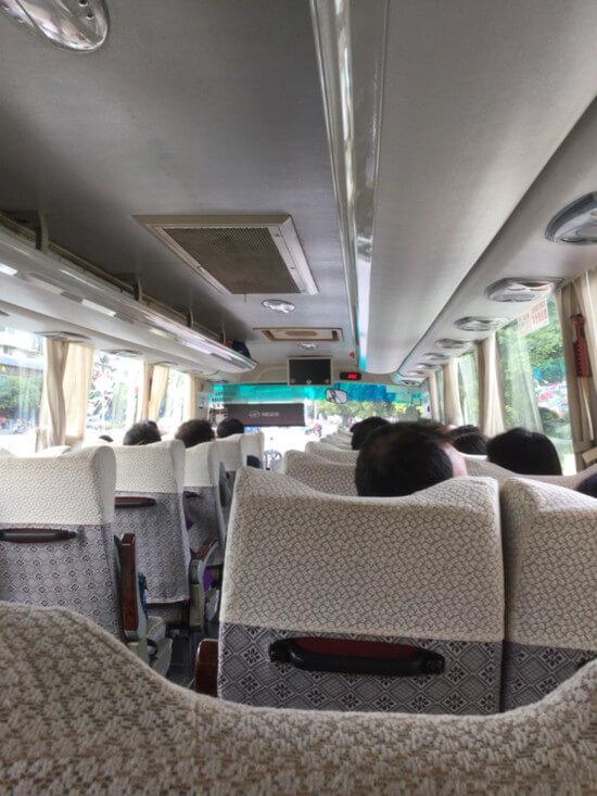 桂林川下りまでの送迎バス