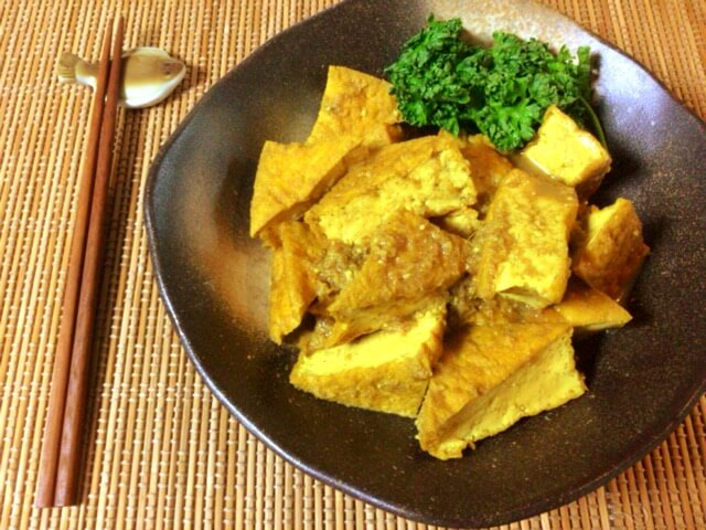 激沁み厚揚げの絶品生姜蜂蜜カレー煮物(糖質8.9g)