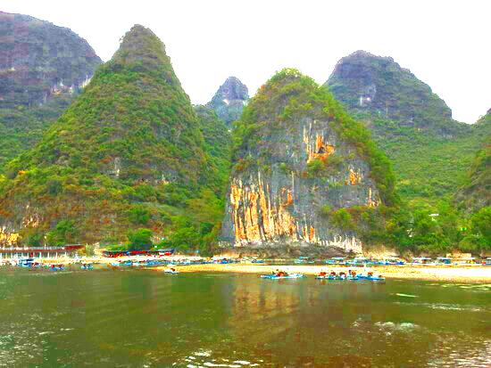 桂林川下りの個人ボート