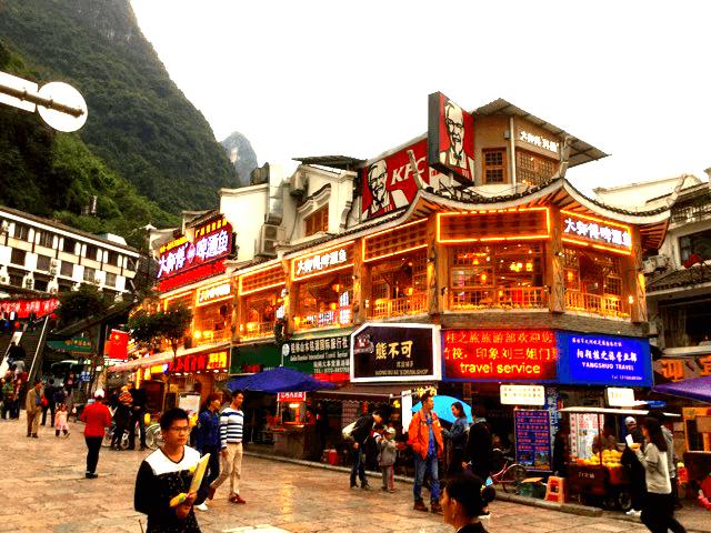 想像以上に美しい桂林市陽朔の、ジブリ的な誘惑ご飯たち