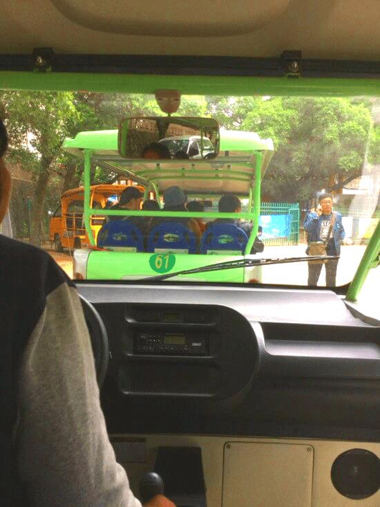 陽朔の送迎バス