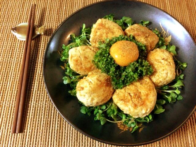 繋ぎ0の絶品照り焼き山椒チーズ鶏つくね(糖質7.0g)