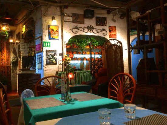 お洒落なイタリアンレストラン