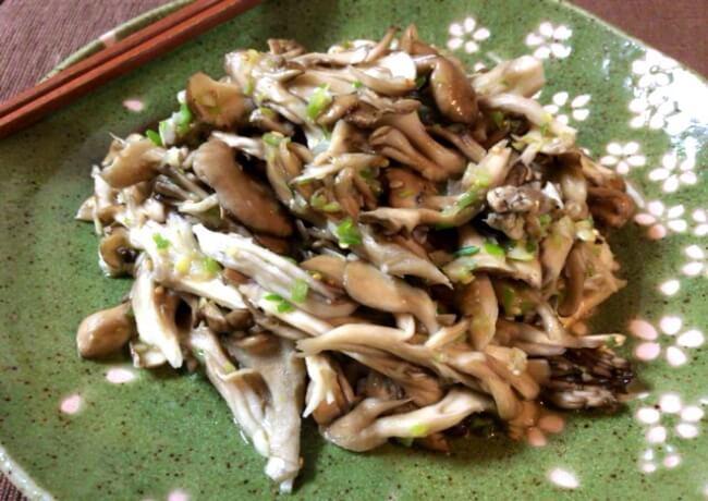 レンチン2撃のネギ塩バター舞茸ナムル(糖質2.7g)